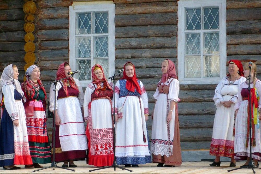 Vologdos Valstybinio universiteto folkloro ansamblis (Vologda, Rusija) | Rengėjų nuotr.